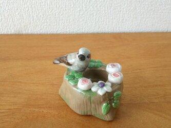 ヒヨドリと薔薇の印鑑スタンド(陶)の画像