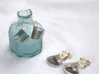 Rainbow Fluorite Fan-shaped earrings フローライトのピアス/イヤリング 14KGFの画像