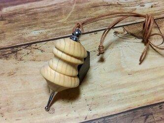 ヒノキの手作りネックレスの画像