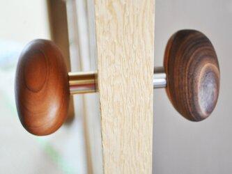 木製ドアノブ/2個/小石型 HS-B オーク/チェリー/オールナット【 選べる2個セット】の画像