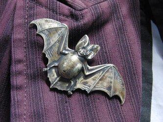 真鍮ブラス製 蝙蝠/コウモリ型ピンズブローチ 結婚式・成人式などシャツ・ジャケットや帽子・バッグのワンポイントにの画像