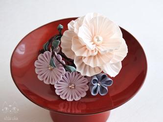 ✤ 小さな箱庭 ✤ つまみ細工 アイボリー ミニコーム 着物 浴衣 夏祭り プレゼントの画像