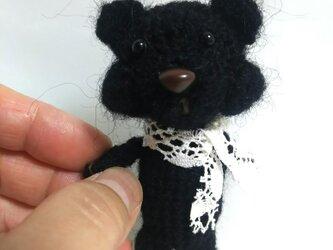 まっ黒なクマさんの画像
