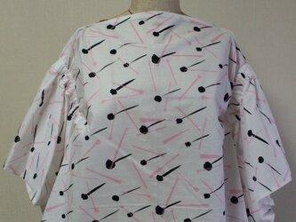 マント風プルオーバー 5分丈袖 白 受注生産一週間待ちの画像