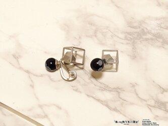 Cube catch pierce silver×obsidian(片耳販売)の画像