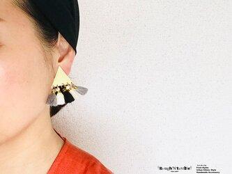 Big triangle fringe pierce black(片耳販売)の画像