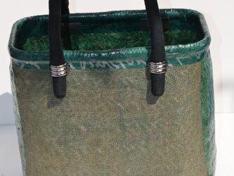 一閑張り・買い物籠・蚊帳布と文字の画像