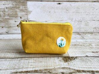 黄色×お花の手のひらサイズポーチ  国産帆布  小物入れの画像