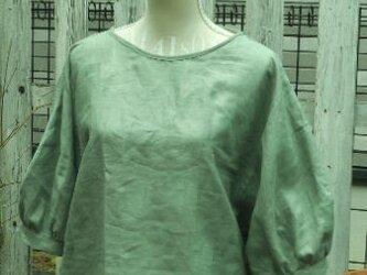 まあるい袖のリネンブラウスの画像