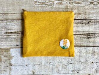 黄色×お花のフラットポーチ  国産帆布  小物入れ  ミモザの画像