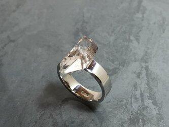 水晶原石シルバーリングの画像