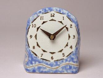 青色の置き時計_うず (陶製木製針)の画像
