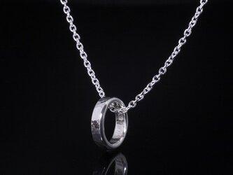 丸鎚目 ベビーリング 3mm幅 刻印無料 :ペンダント ネックレスの画像
