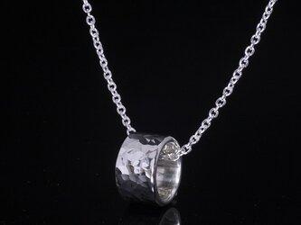 丸鎚目 ベビーリング 8mm幅 刻印無料 :ペンダント ネックレスの画像