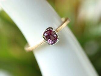 ピンクサファイヤ指輪の画像
