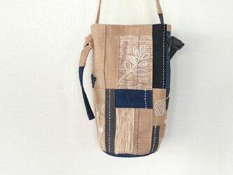 2way ショルダーバッグ / デニム パッチワーク 植物刺繍の画像