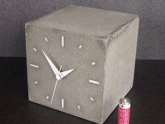キューブ時計C-type コンクリート製の画像