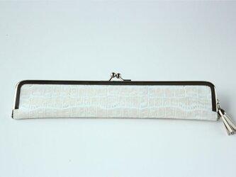 上質レザーのスマートな扇子入れ アイボリーのカーフ(子牛革)クロコダイル型押しの画像