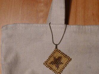 アルファベット ビーズ チャーム 星の画像
