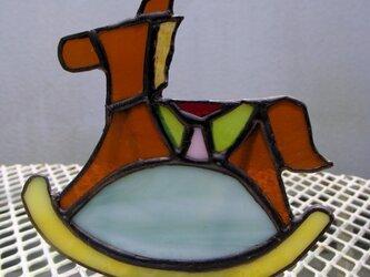 足元ランプ ガラスの木馬の画像