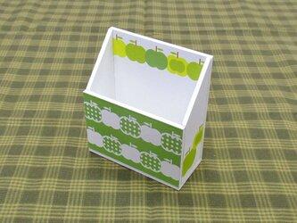 りんごの携帯ホルダー(水玉・緑)の画像