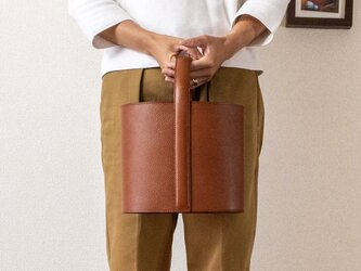 mini bag bucket Brownの画像