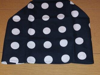 ハンドメイド 子供用三角巾 ドット柄 黒 の画像