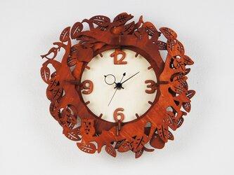 「森のひととき」木製掛け時計の画像