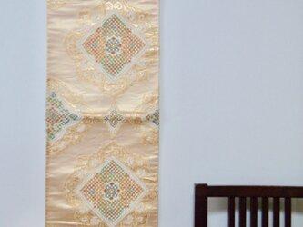 帯タペストリー 華紋市松の画像