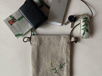 リネンと革ひものサコッシュ(リネンのポシェット)の画像