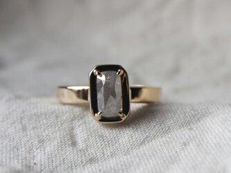 スクエアクッションカットダイヤモンドリングの画像