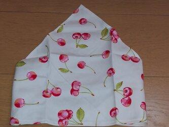 ハンドメイド 子供用三角巾 さくらんぼ柄    の画像