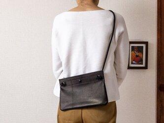 corner wide shoulders bagの画像