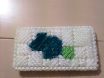 毛糸で作ったマグネットの画像