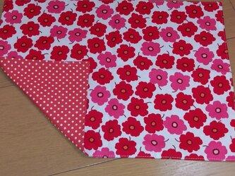 ハンドメイド 大きめランチョンマット 花柄 赤      の画像