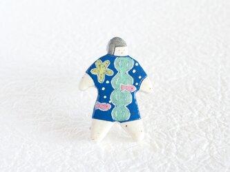 オヨヨちゃんブローチ(海とさかなの夢)【受注制作】の画像