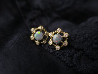 K18 Opal・Diamonds Pierceの画像