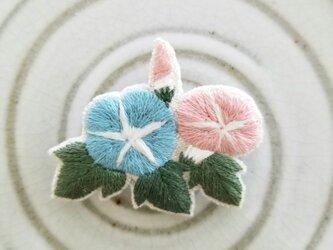 朝顔の刺繍ブローチ【受注制作】の画像