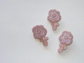薔薇*淡紅藤 ビーズ刺繍ブローチの画像