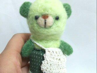 黄緑色のクマさんの画像