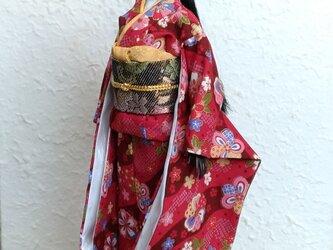 バービー着物 赤の振り袖の画像