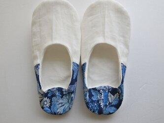 薄型 ルームシューズ バブーシュ スリッパ 夏の花 ブルー・ネイビー コットン リネン Cの画像