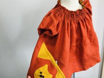 KIDS80-100 リネン100% ライオンの巾着ポッケのスモック  オレンジの画像