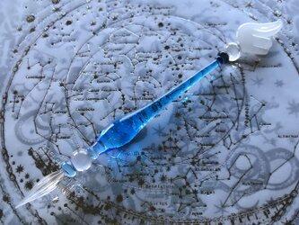 宇宙の羽根のガラスペン 青の画像
