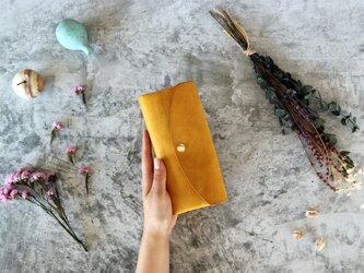 アラスカ_イエロー◆外装◆おとな財布◆三つ折りの画像