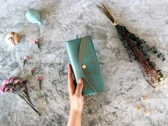 テイスト_グリーン◆外装◆おとな財布◆三つ折りの画像