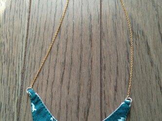 ヴィンテージ素材のつけ襟風ネックレスの画像