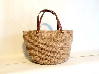 麻の手編みバッグの画像