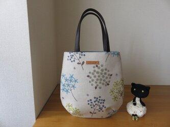 カラフル綿麻花柄生地のたまご型トートバッグ 本革持ち手の画像