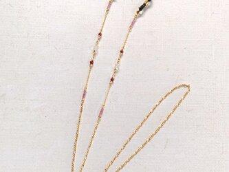 天然石のメガネチェーン(ガーネット×ルビー×水晶)の画像